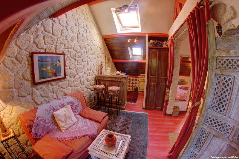 big_le-manoir-des-quatre-saison-appart-chambre-rouge_205