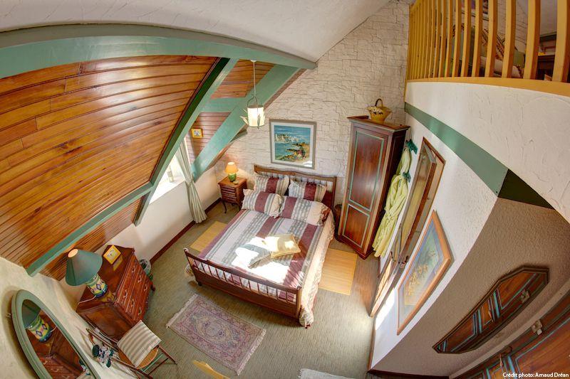big_le-manoir-des-quatre-saison-chambre-verte_205